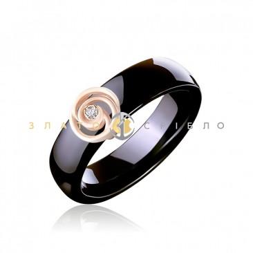 Керамічна каблучка «Мейлі Black» з діамантами та накладкою з червоного  золота c43556881eea8