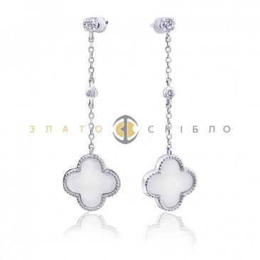 Серебряные пуссеты «Изумление» с белой керамикой